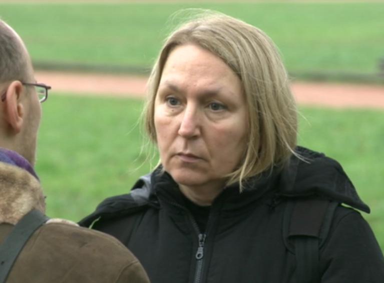 """Žurnalistė Joana Lapėnienė; kadras iš 2014-12-21 laidos """"Savaitė"""""""